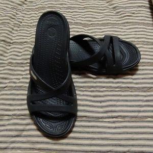 Crocs size 7 black sandals